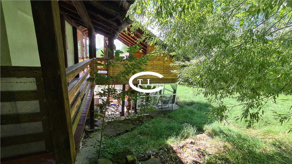 Casa de vacanţă Gura Humorului, 668 mp teren intravilan, suprafata utila 348mp, comision 0
