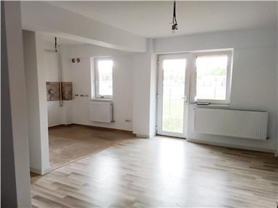 Apartament 3 camere 70 mp + 70 mp terasa, Pepinierii - CUG, bloc nou