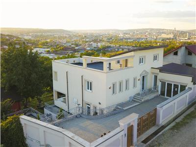 Vila Roma Casa in stil mediteranean, 270 mp utili, Bucium.